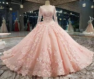 Luxury Peach Pink New Ball Gown Quinceanera Dresses Long Sleeves Lace Appliqued Petal Powers Flowers Prom Gowns Custom Made Formal Gowns