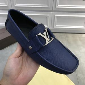 19SS Fashion Luxury style weiche Mokassins Men Casual Loafers Quasten Lederschuhe Männer Wohnungen Gommino Party-Schuhe