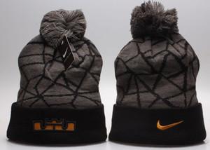 Luxus-Winter-Gorro Marke Beanie mit Buchstaben der Frauen Männer Caps Schädel Modedesigner Bonnet Warme Strickmütze heiße Verkaufs-Wolle stricken Winter-Hut