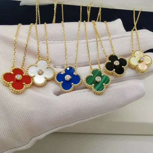 S925 Sterling Silver Clover Necklace with Diamond Double-sided Pendant Rose Clavicle Gold Chain Necklace Black Green Red White Gemstone Jewe