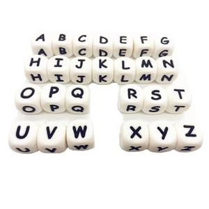 Alphabet Lettre de qualité alimentaire lettres silicone Perles BPA Perles Chewing silicone pour Bijoux Perles Collier Teething