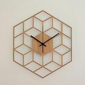 1 قطعة مسدس الأوروبية ساعة الحائط الخشب الحد الأدنى الهندسية خطوط المتأنق الفني على مدار الساعة بصمت على Cafe الرئيسية غرفة المعيشة ديكور