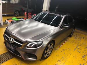 Qualité supérieure gris chrome satiné vinyle voiture Wrap styling feuille de couverture autocollants du véhicule couvrant la taille de la peau 1.52x20m / rouleau 4.98x66ft