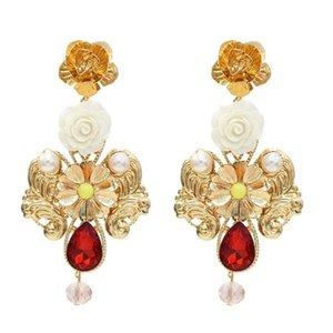 Trendy Métal Or Fleur Goutte Boucle d'oreille en pour les femmes de mariée de style baroque perle rouge cristal bleu boucle d'oreille de soirée de mariage cadeau