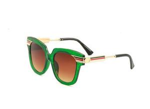 2019 nuevo color polvo moda gafas de sol protección UV red modelos de explosión gafas de sol 0288