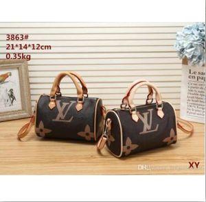 M2 العلامة التجارية حقيبة الكتف مصممي حقائب اليد النسائية المصممين luxurys حقيبة اليد والمحافظ الجلدية نساء حمل أكياس القابض 3104