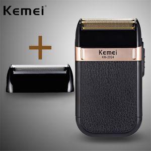 Kemei KM-2024 máquina de afeitar eléctrica Twin Blade impermeable del USB Inalámbrico alternativa de afeitar recargable Trimmer Barbero GVdeo