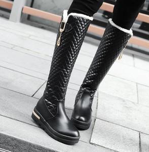 Botas de lujo de la rodilla alta de la rodilla de la rodilla de las mujeres de la venta caliente Botas de diseño de la cuadrícula negra blanca Plataforma de la plataforma de la plataforma de la plataforma del tamaño 34 a 42 43
