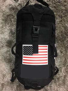 Los hombres y las mujeres viajan el bolso de diseño de gran capacidad versátil utilidad de alpinismo impermeables Bolsas mochilas equipaje al aire libre
