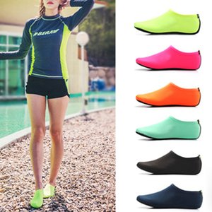 Unisex 2020 Outdoor Beach Sandals Soft Plush Slides Flats Non-Slip Shoes Adults Slippers Summer Swimming Water Breathable Shoes