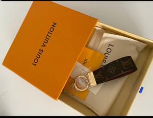 2019 neueste hohe qualtiy Leder Schlüsselanhänger Schlüsselanhänger Schlüsselanhänger Halter Marke Schlüsselanhänger Designer Männer Frauen Souvenirs Car Bag Schlüsselanhänger