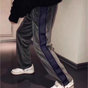 Striped Ribbon Moda Casual AWGE Needles Sweatpants Borboleta de veludo bordado Joggers melh AWGE Agulhas Sweatpants