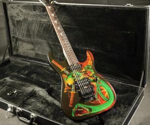 Custom Shop Skulls Serpents George Lynch Signature Electric Guitar Floyd Rose Tremolo Bridge, l'écrou de blocage, matériel noir, SH Micros