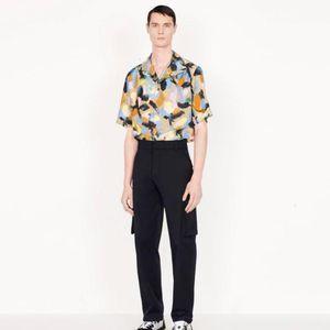 19FW Paris Abstract Flower Printing Short Sleeved Shirts Black Short Sleeved Shirt Fashion Sandy Beach Tee Casual Street New Style HFHLCS024