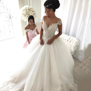 Vintag Off Shoulder With Lace Applique A-Line Sleeveless Wedding Dresses Back Zipper Tiered Custom Made Wedding Bridal Gowns