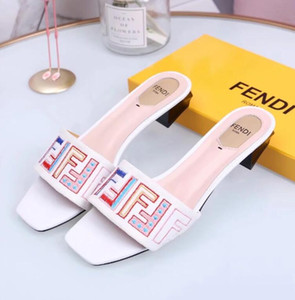 Neue Mode Frauen Casual Sandalen weibliche Samt Seidenstoffe Schuhe Frau Luxus Design Peep Toe Sandalen Stickerei Hausschuhe # 36