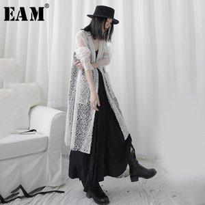 [EAM] Women White Lace Split Big Size Long Thin Blouse New V-collar Long Sleeve Loose Fit Shirt Fashion Spring Summer 2020 1U963