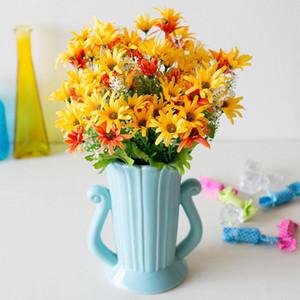 Plantes artificielles 18 Têtes de fleur de marguerite Petite herbe Fausse Floral Plastique Soie Eucalyptus Fleurs artificielles pour la décoration de mariage