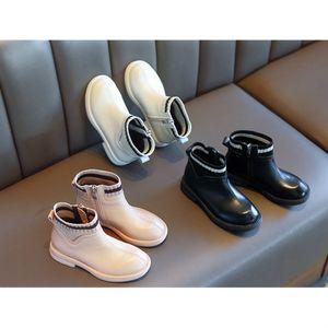 2020 botas de diseño muchachas de la manera de lujo 2020 de los nuevos niños del estilo británico Costura Martin botas zapatos de los niños gruesos de invierno caliente de la venta