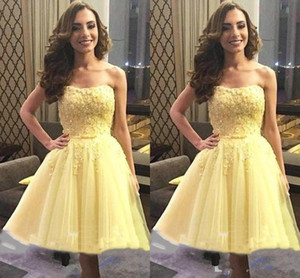 Elegant Homecoming Dresses Yellow Graduation Prom Dresses Strapless A Line Tulle Applique Beaded Sequins Pleated Party Dress B74