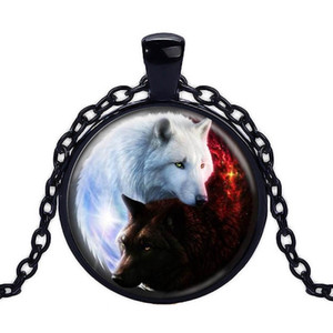 2019 Hot Sale Tai Chi Yin Yang Black and White Wolf Necklace Time Gem Pendant Handmade Glass Jewelry