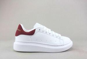 Desinger Nueva moda de los calzados informales Diseñador París Queens moda para mujer para hombre zapatillas de deporte de la calle vestido de calzado zapatillas de tenis