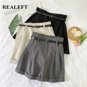 REALEFT été 2020 nouvelles Shorts formelles avec ceinture taille haute jambe large Shorts coréenne Casual style élégant en vrac poche de pantalon