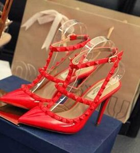 Frauen hohe Absätze Kleidschuhe der Partei Mode Nieten Mädchen spitze Zeheschuhe reizvolle Wölbungsplattform Hochzeit Schuhe schwarz weiß rosa c Pumpen