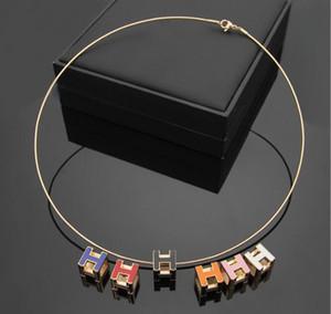 Avrupa Amerika Tarzı Lady Titanyum çelik Oyuklaştır H Harf 18K Kaplama Altın Chokers Salkım ile Küp Altı Renk Emaye kolye 3 Renk