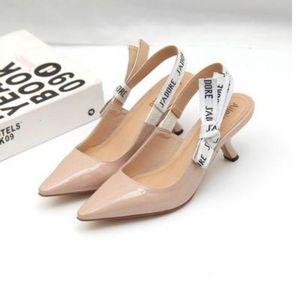 2019 tacones altos de tacón zapatos de las señoras de las mujeres punta estrecha Bajo Zapatos de tacón mujer sandalias de la señora de malla zapatos planos