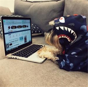 Abbigliamento per animali Abbigliamento per cani Felpa con cappuccio Four Seasons Testa di squalo popolare Logo Teddy Schnurer Kitten Felpa per cani di taglia media