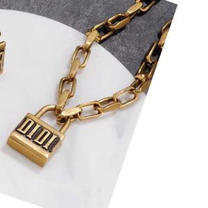 Vintage Schloss Halskette mit Stempeln Frauen Metall-Verschluss Designer-Ketten-Halskette Modeschmuck Accessoire