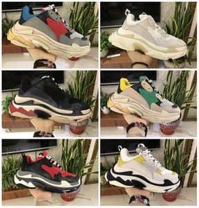 Designers Sports Casual Shoe Triple S Designer Low Old Dad Sneaker Combination Soles Boots Mens Womens Runner Shoes