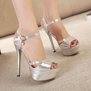 Sandali con tacco alto 14 cm con plateau e sandali da donna alla moda in stile Roma estate Scarpe da donna lussuose in argento dorato