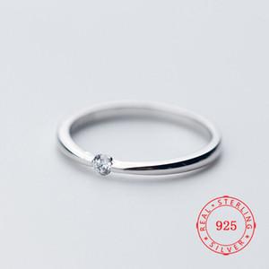 Новое прибытие Chic 925 Sterling Silver Ring Solitaire Цирконий девушка кольцо Предназначена для пара женщина из белого золота гальванических ювелирной оптового