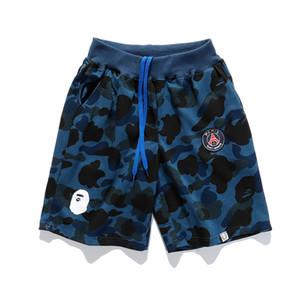 Los pantalones cortos de diseñador para hombre Pantalones cortos de moda de verano de lujo camuflaje Marca del basculador de los pantalones de cortocircuitos ocasionales de la playa al aire libre Pantalones cortos 2020698K
