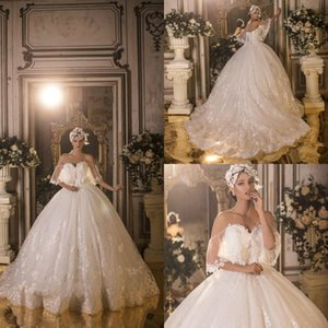 2020 New Arabic Ball Gown Wedding Dresses Lace Off Shoulder Appliques Bridal Gowns Puffy Sweep Train Bride vestidos de novia