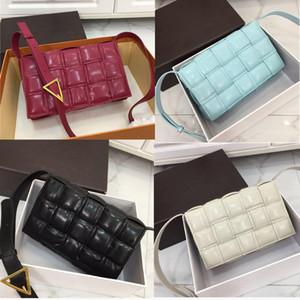 2020 Lüks tasarımcı kadın çantaları Debriyaj PADDED KASET ÇANTASI tasarımcı omuz çantaları lüks crossbody çanta Dokuma Çanta gerçek deri çanta
