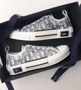 Markalı Kadınlar Eğik Teknik Tuval Dokulu Harf Baskı Sneaker deigner Erkekler Siyah Beyaz İki tonlu Kauçuk Sole Casual Ayakkabı Dantel-up