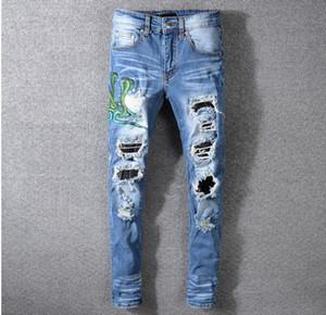 Mens Jeans strappati Ricamo Snake Jeans aderenti Fashion Designer Distressed Slim Fit Biker Moto Beggar Hip Hop Denim Pants 560