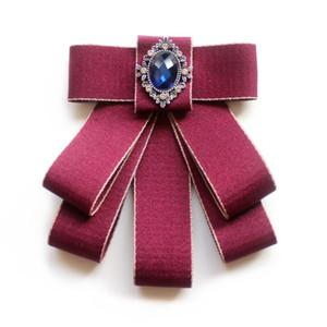 Style d'université Bowtie femmes Collier de fleurs Robe formelle Broche cristal cravate Tempérament Noeud papillon marié costume de mariage cravate pour hommes