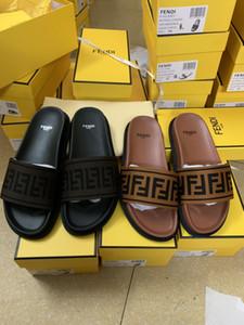 Toboggans, sandales et pantoufles à la mode pour hommes et pour femmes! Pantoufles de haute qualité pour femmes sandales