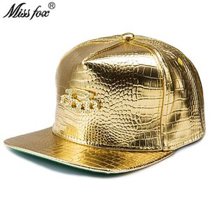 Missfox Hip Hop 18k Gold Plated Five Ring Boxing Rhinestone Drill Flat Brim Crocodile Pattern Pu Leather Gold Mens Hats