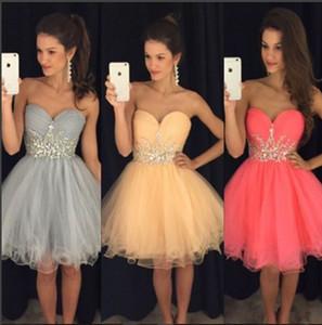 Coral Short Homecoming Kleider 2019 Puffy Rock Cocktail Party Kleider Tüll Schatz Perlen Mini Prom Kleider Graduation Gown