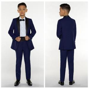 2020 Vêtements de garçon formel pour le mariage Tuxedos Enfants Costume d'événements personnalisés (veste + pantalon + arcs)