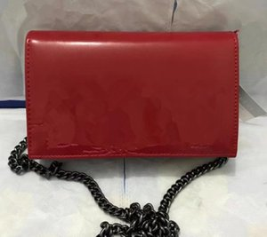 The new 2017 The European and American fashion female bag shoulder bag inclined shoulder bag Ms chain package