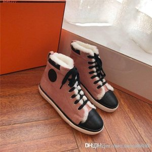 The latest Ladies autumn and winter classic casual board shoes,Fashionable Warm wool high-top flat sole athletic shoes boots