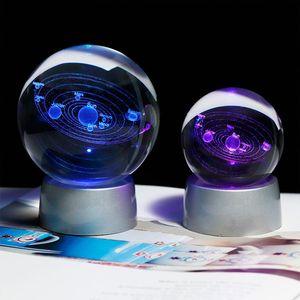 6CM лазерной гравировкой Солнечной системы шарика 3D Миниатюрный Planets модель Sphere стеклянный шар Украшение домашнего декора Подарок для Astrophile