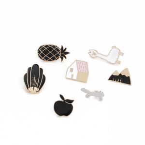 Cartoon Animaux Brooches d'Apple Alpaga ananas Maison émail Pins Vestes épinglette Femme Homme Chapeau Bouton Badge cadeaux enfant Bijoux