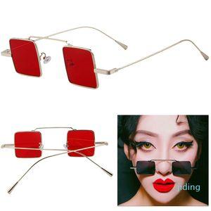 Luxary-женщины / мужчины пара панк квадратные солнцезащитные очки маленькая коробка светоотражающие солнцезащитные очки женские знаменитости приток людей квадратные ретро солнцезащитные очки
